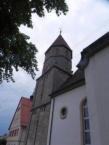 Spätromanischer Kirchturm der St.-Blasius-Kirche