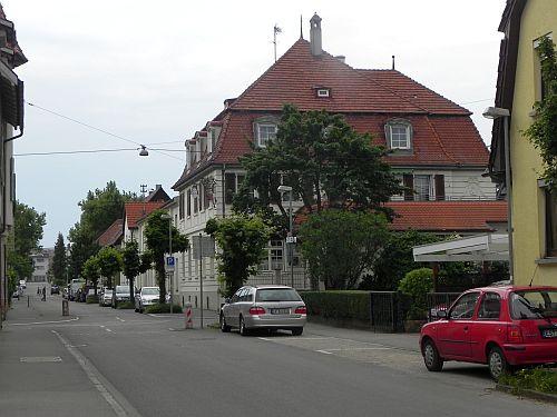 """Kaiserstraße. Rechts: Gasthaus """"Herzog Karl"""""""