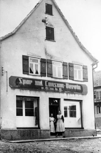 Der Konsum um 1920. Foto: Stadtarchiv Ostfildern